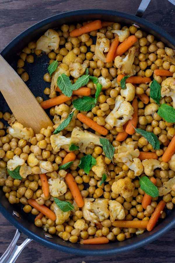 Vegan Chickpea Skillet Dinner