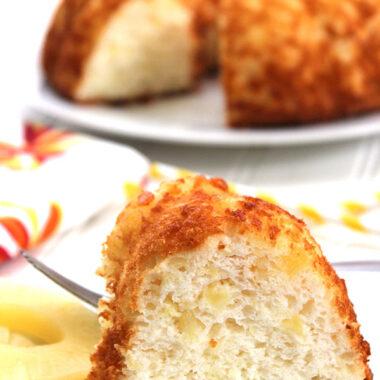 2 ingredient pineapple cake
